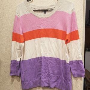 Cute colorful gap pullover!
